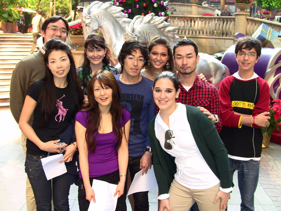 students-before-q-language-xmas-party-