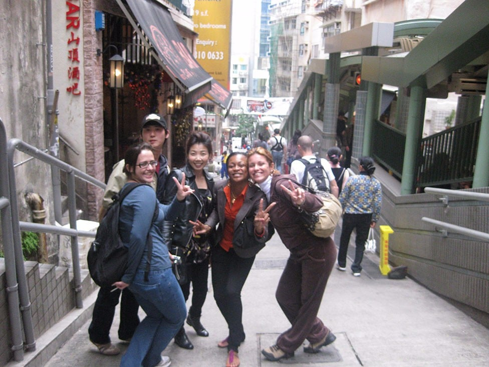 Q-Language-students-on-study-tour
